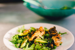 Chicken-Piccata-with-Farro-and-Arugula-Salad07